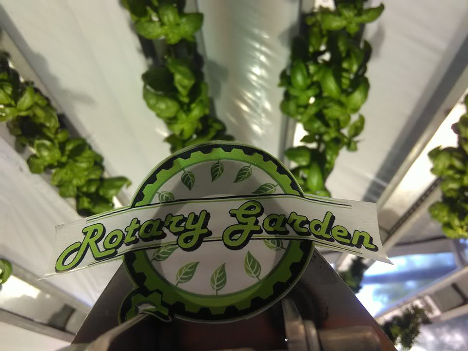 Rotary Garden system - hydroponics cultivation of basil